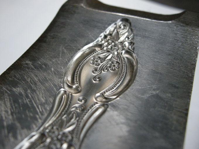洋食器金型彫刻